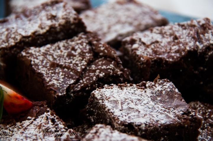 boundary-art-gallery-opening-chocolate-brownie