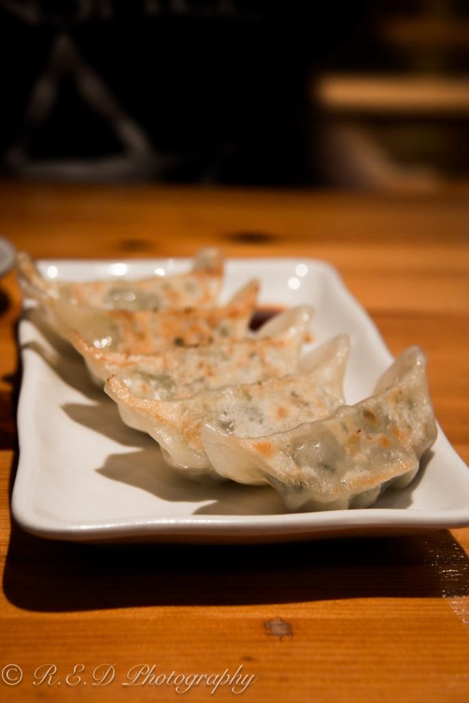 japanese restaurant taro london  chicken gyoza