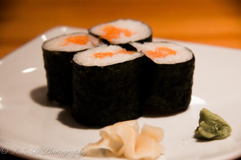 japanese restaurant taro london  sushi rolls