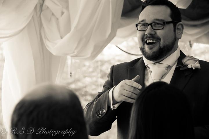 wedding photography the groom mingling