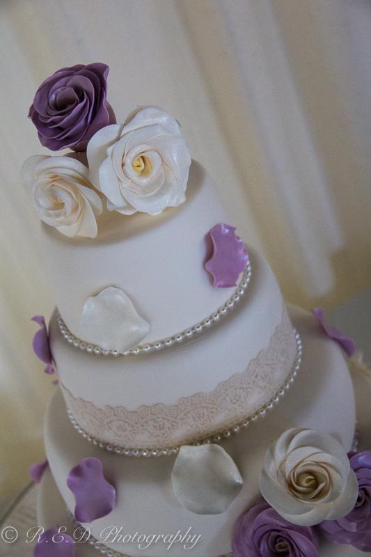 wedding photography chocolate cake