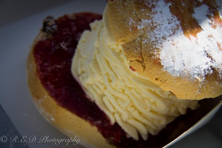 food porn dessert jam and cream scone yum
