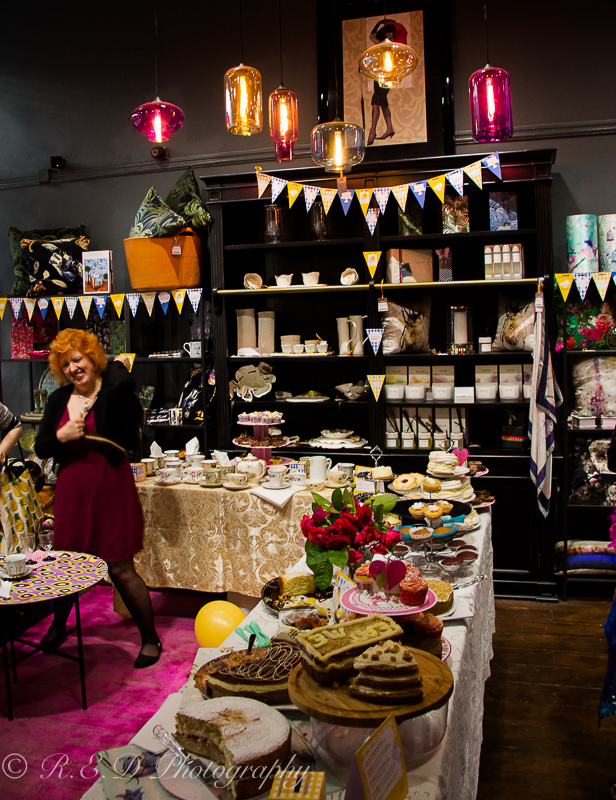 pad deco interior design charity marie curie cancer trust alice in wonderland