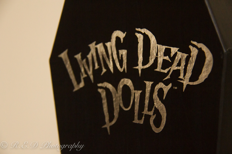 rhidixonblog lifestyle blogger living dead dolls